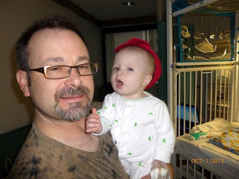 Daddy n me in the hospital